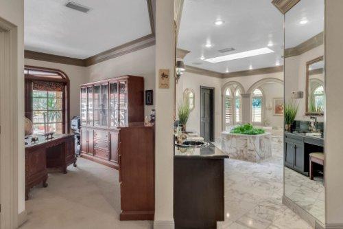 2775-Marsh-Wren-Cir--Longwood--FL-32779----30---Master-Bedroom.jpg