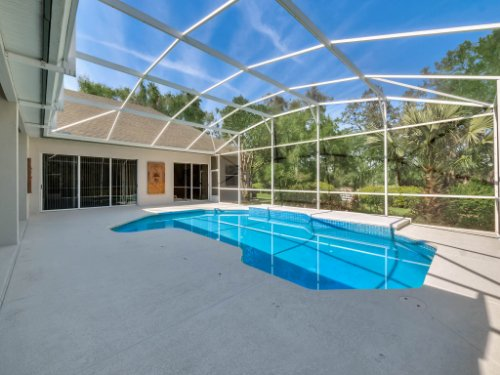 8190-Lake-Ross-Ln--Sanford--FL-32771----06---Pool.jpg