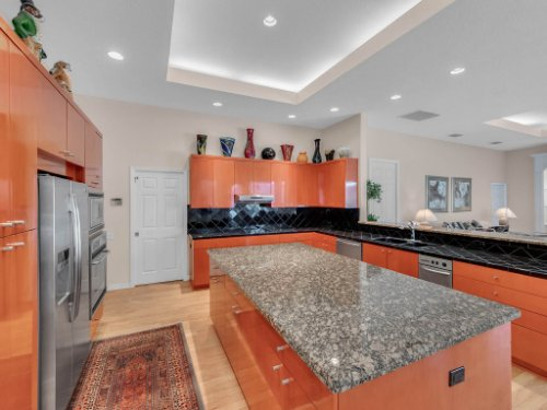 8190-Lake-Ross-Ln--Sanford--FL-32771----18---Kitchen.jpg