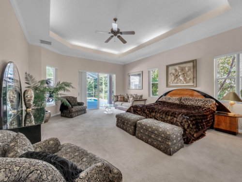 8190-Lake-Ross-Ln--Sanford--FL-32771----23---Master-Bedroom.jpg