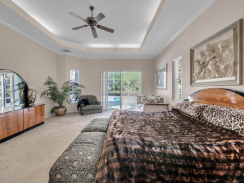 8190-Lake-Ross-Ln--Sanford--FL-32771----24---Master-Bedroom.jpg