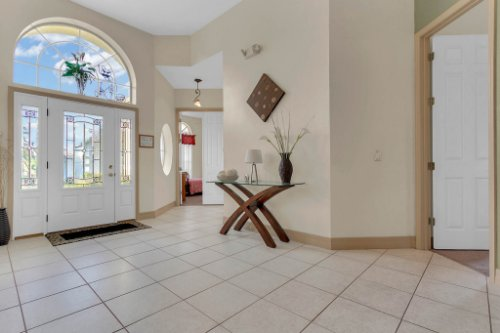 7984-Sea-Pearl-Cir--Kissimmee--FL-34747----06---Foyer.jpg