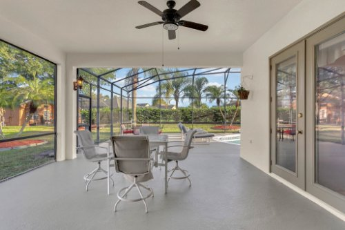 7984-Sea-Pearl-Cir--Kissimmee--FL-34747----29---Lanai.jpg
