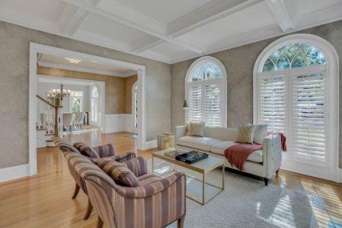 4805-W-Woodmere-Rd.-Tampa--FL-33609--06--Living-Room-1----3.jpg