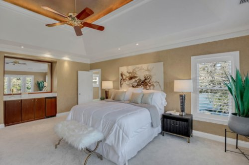 4805-W-Woodmere-Rd.-Tampa--FL-33609--30--Owner-s-Suite-1----2.jpg
