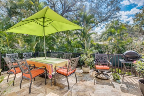 2706-Chambray-Ln.-Tampa--FL-33611--32--Patio-1---1.jpg