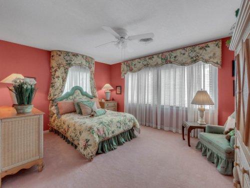 521-Virginia-Dr--Winter-Park--FL-32789----10---Bedroom.jpg