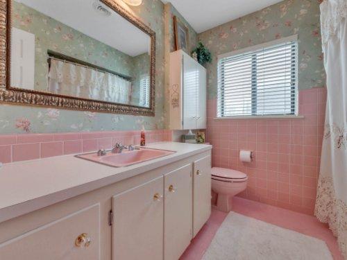 521-Virginia-Dr--Winter-Park--FL-32789----11---Bathroom.jpg