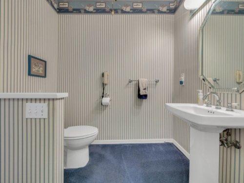521-Virginia-Dr--Winter-Park--FL-32789----17---Bathroom.jpg