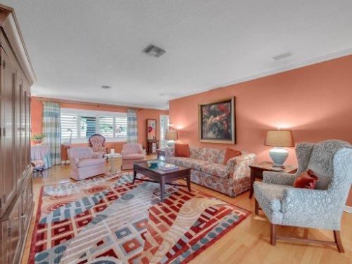521-Virginia-Dr--Winter-Park--FL-32789----18---Living.jpg