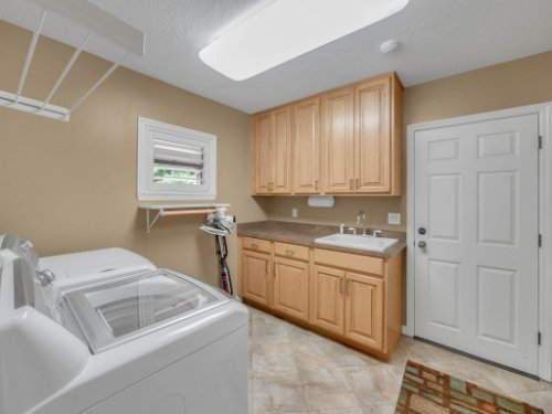 521-Virginia-Dr--Winter-Park--FL-32789----24---Laundry.jpg