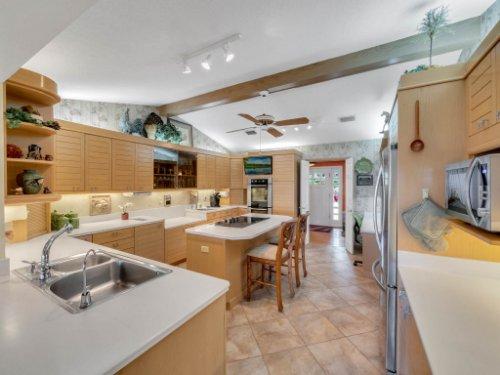 521-Virginia-Dr--Winter-Park--FL-32789----36---Kitchen.jpg
