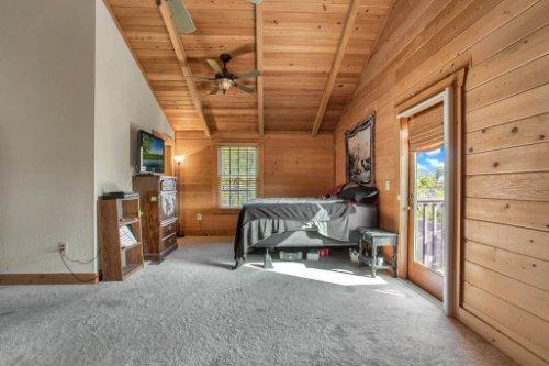 38726-Sulen-Rd--Lady-Lake--FL-32159----19---Master-Bedroom.jpg