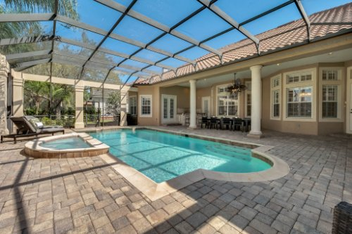 8234-Stone-Mason-Ct--Windermere--FL-34786----03---Pool.jpg