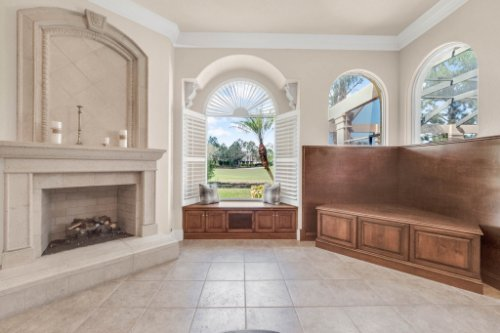 8234-Stone-Mason-Ct--Windermere--FL-34786----15---Family-Room.jpg