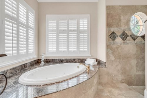 8234-Stone-Mason-Ct--Windermere--FL-34786----28---Master-Bathroom.jpg