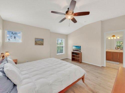 1721-Pine-Oak-Trail--Sanford--FL-32773----16---Master-Bedroom.jpg