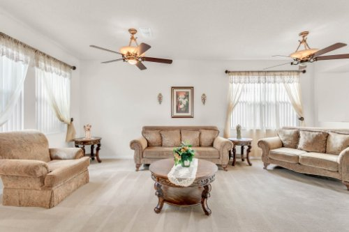 2719-Amanda-Kay-Way--Kissimmee--FL-34744----08---Family-Room.jpg