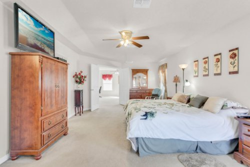 2719-Amanda-Kay-Way--Kissimmee--FL-34744----26---Master-Bedroom.jpg