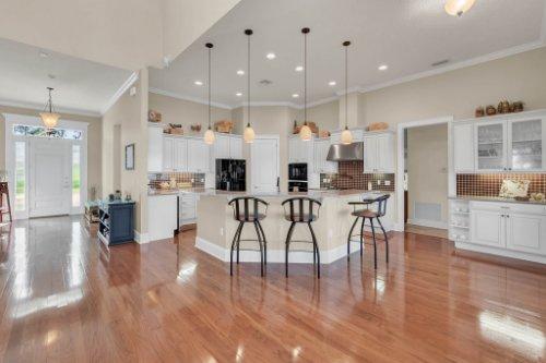 10403-Thompson-Pl--Clermont--FL-34711----13---Kitchen.jpg