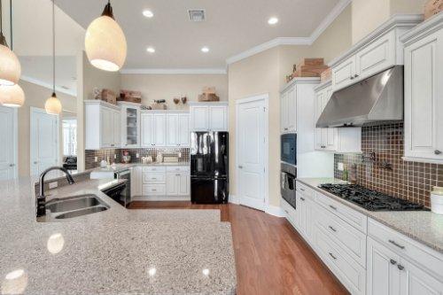 10403-Thompson-Pl--Clermont--FL-34711----14---Kitchen.jpg