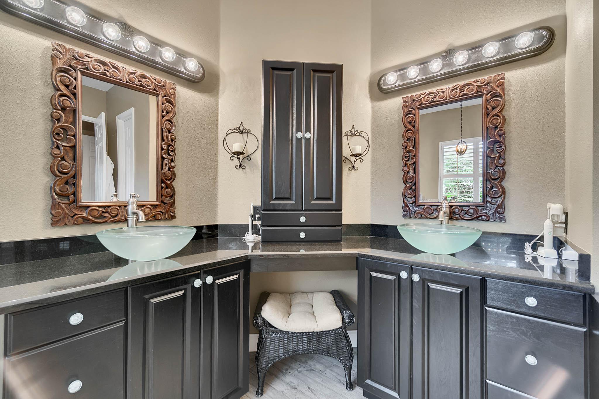 429-Fawn-Hill-Pl--Sanford--FL-32771----31---Master-Bathroom.jpg