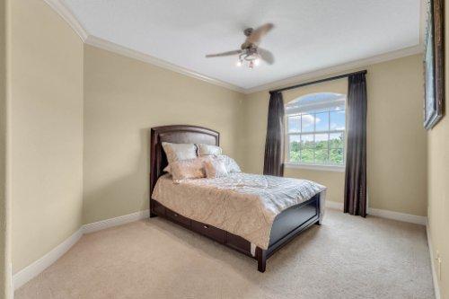 1837-Lake-Roberts-Ct--Windermere--FL-34786----34---Bedroom.jpg