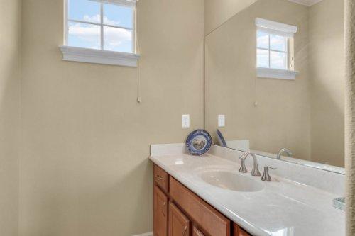 1837-Lake-Roberts-Ct--Windermere--FL-34786----35---Bathroom.jpg