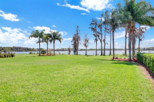 1837-Lake-Roberts-Ct--Windermere--FL-34786----42---Backyard.jpg