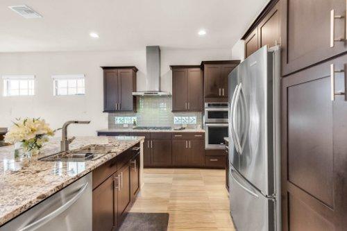 7689-Toscana-Blvd--Orlando--FL-32819---11---Kitchen.jpg