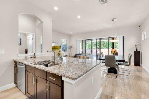 7689-Toscana-Blvd--Orlando--FL-32819---16---Kitchen.jpg