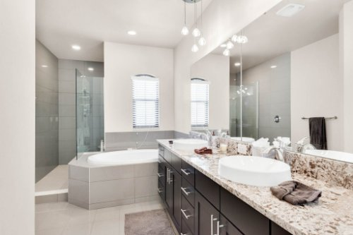 7689-Toscana-Blvd--Orlando--FL-32819---26---Bathroom.jpg