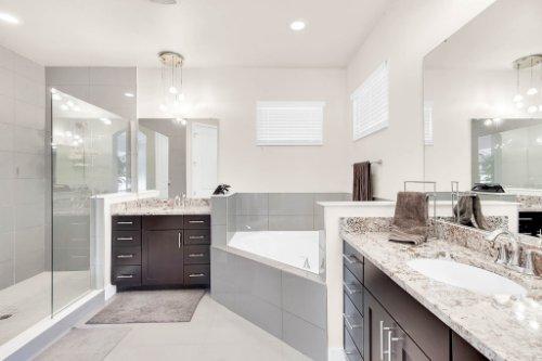 7689-Toscana-Blvd--Orlando--FL-32819---28---Bathroom.jpg