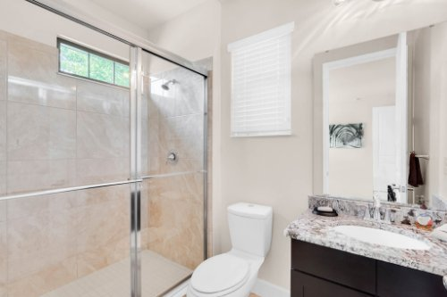 7689-Toscana-Blvd--Orlando--FL-32819---30---Bathroom.jpg