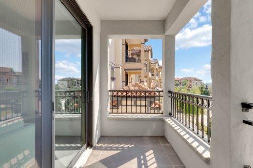 7689-Toscana-Blvd--Orlando--FL-32819---31---Balcony.jpg
