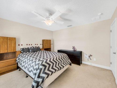 23539-Companero-Dr--Sorrento--FL-32776----26---Bedroom.jpg