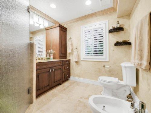 1445-Shadwell-Cir--Lake-Mary--FL-32746----38---Bathroom.jpg