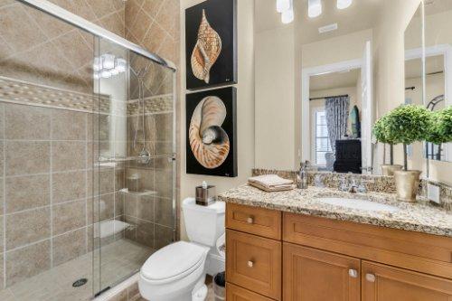 1284-Grand-Traverse-Pkwy--Reunion--FL-34747----34---Bathroom.jpg