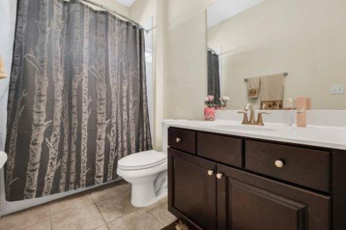 8929-Blue-Mesa-Dr--Windermere--FL-34786----27---Bathroom.jpg