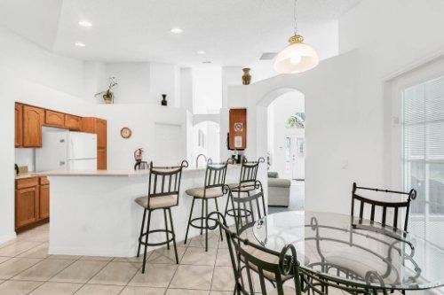 15931-Heron-Hill-St--Clermont--FL-34714----11---Kitchen.jpg