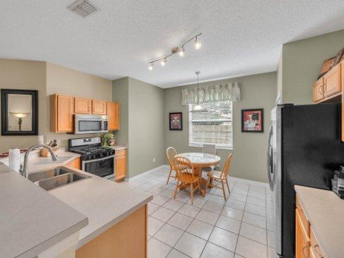 1310-Royal-St-George-Dr--Orlando--FL-32828----11---Kitchen.jpg