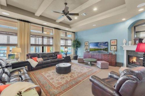 14604-Ave-of-the-Rushes--Winter-Garden--FL-34787----13---Family-Room.jpg