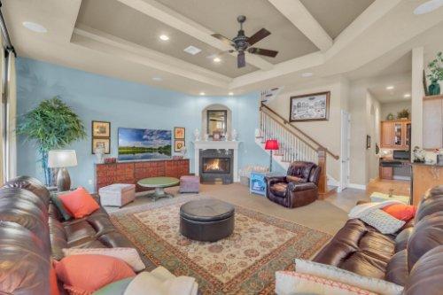 14604-Ave-of-the-Rushes--Winter-Garden--FL-34787----14---Family-Room.jpg