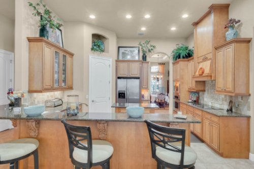 14604-Ave-of-the-Rushes--Winter-Garden--FL-34787----17---Kitchen.jpg