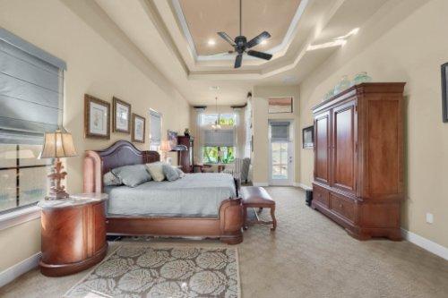 14604-Ave-of-the-Rushes--Winter-Garden--FL-34787----30---Master-Bedroom.jpg