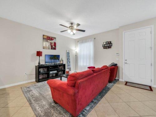 12861-Tanja-King-Blvd--Orlando--FL-32828----06---agent-Photos.jpg