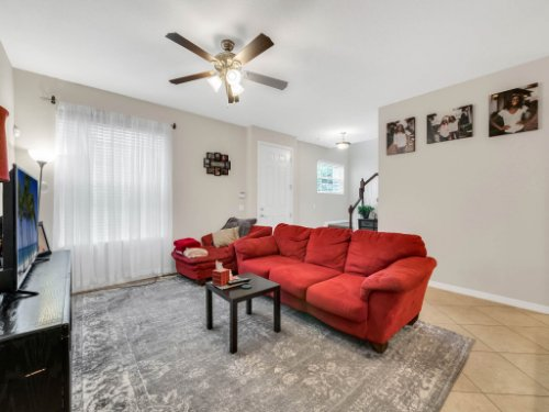 12861-Tanja-King-Blvd--Orlando--FL-32828----07---Family-Room.jpg