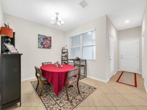 12861-Tanja-King-Blvd--Orlando--FL-32828----09---Dining.jpg
