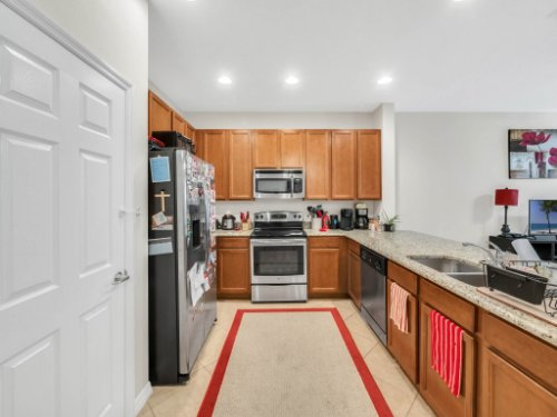 12861-Tanja-King-Blvd--Orlando--FL-32828----13---Kitchen.jpg