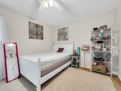 12861-Tanja-King-Blvd--Orlando--FL-32828----21---Bedroom.jpg